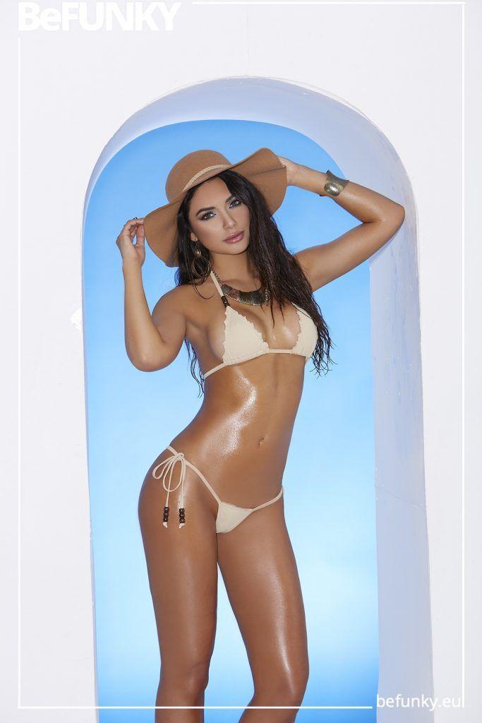 Bikini de Triángulo y Braga Tanga