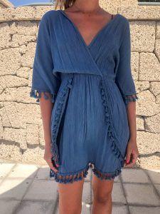 Vestido azul pompones